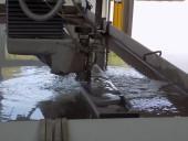 abrazív vízsugaras vágóberendezés